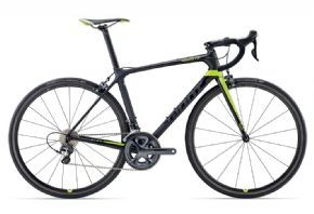 Giant Tcr Advanced Pro 1 Road Bike  2017 - Award-winning TCR Advanced Pro gives you every advantage on the road.